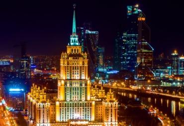 Дизайнеры спб в Москве